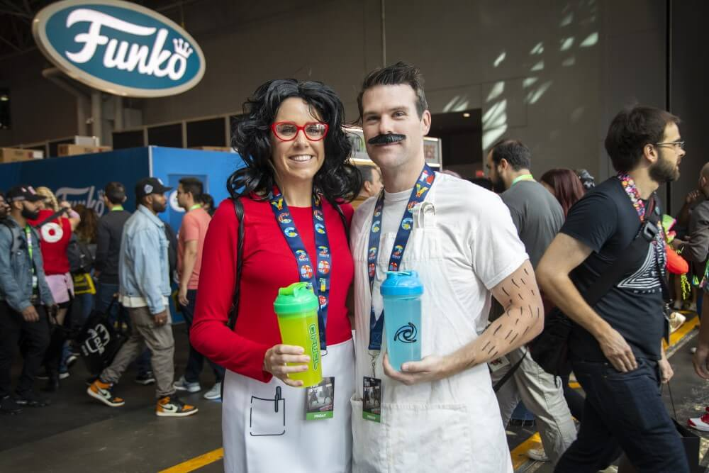 bob and linda bobs burgers cosplays she-hulk cosplay at new york comic con 2019