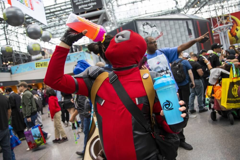 deadpool cosplay at new york comic con 2019