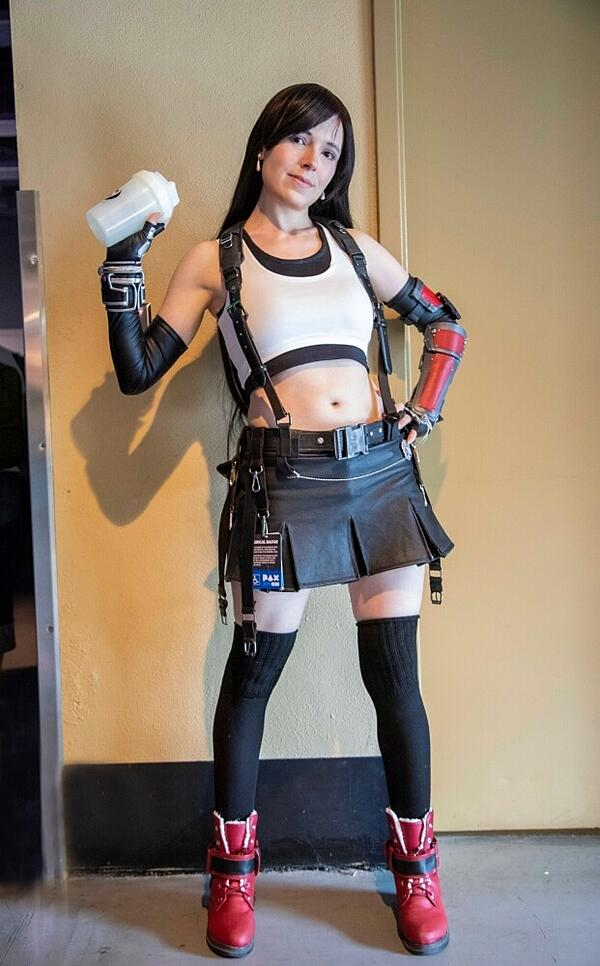 final fantasy 7 remake tifa lockhart cosplay pax west 2019
